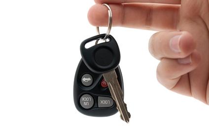 Ahli kunci spesialis service dan reset immobilizer, jasa ahli kunci professional dan berpengalaman mengatasi kerusakan yang terjadi pada kunci mobil